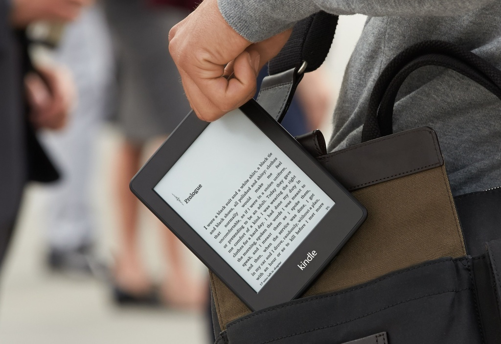 kindle-paperwhite-on-the-go